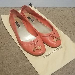 ♥️ Louis Vuitton Flats